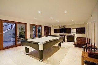 Pool table sizes in Santa Fe