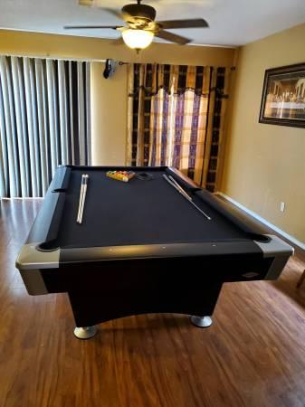 Solo 174 Albuquerque Brunswick Pool Table 80